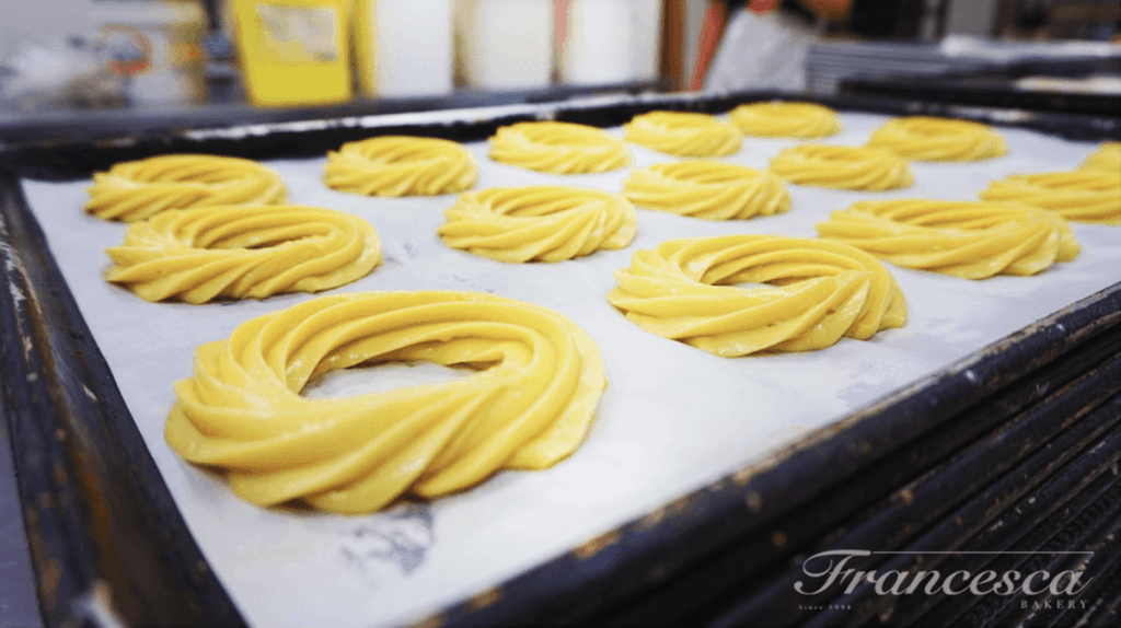 Zeppole ready for the oven.